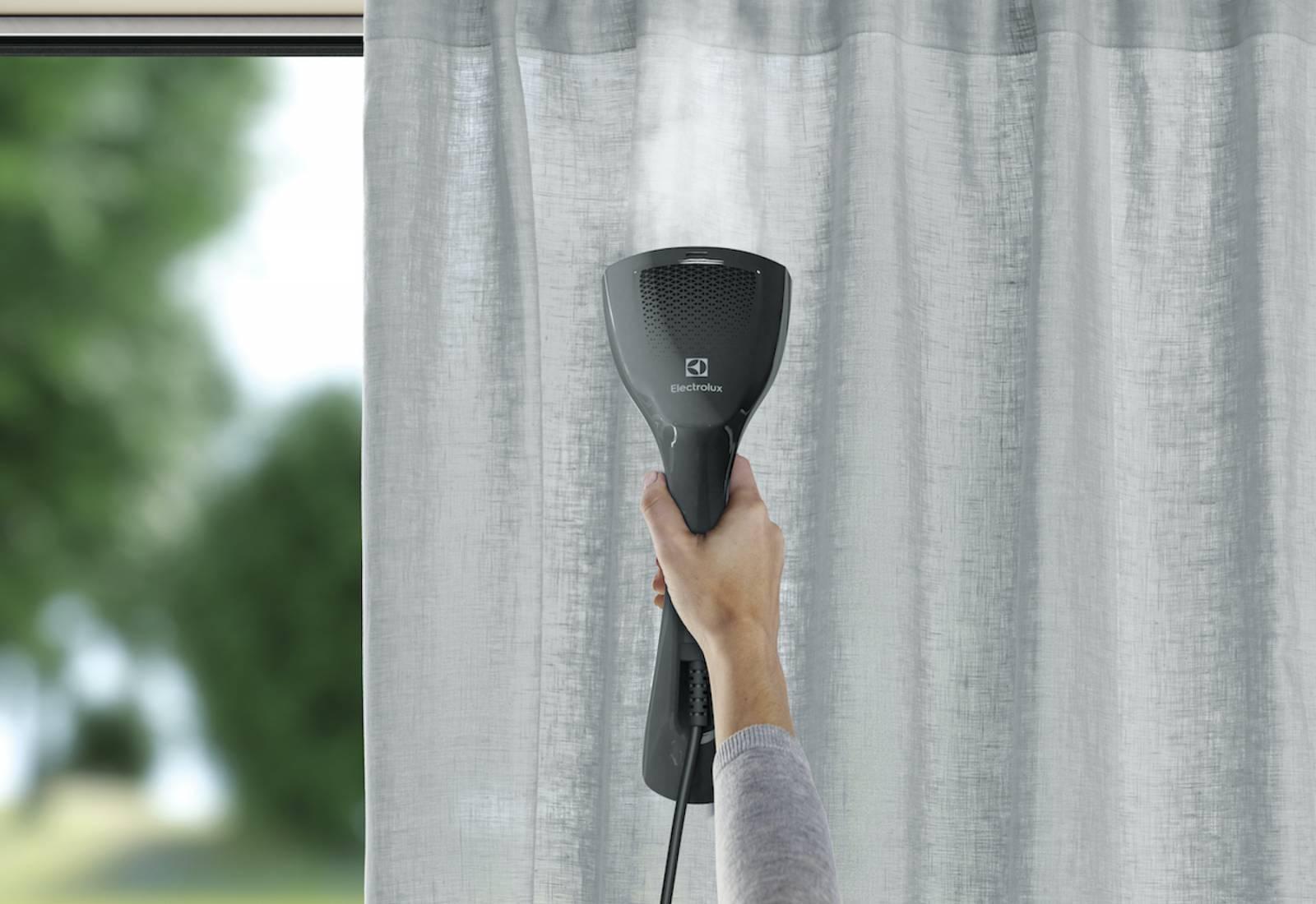 Immagine Lo stiratore verticale contro pieghe e batteri 2