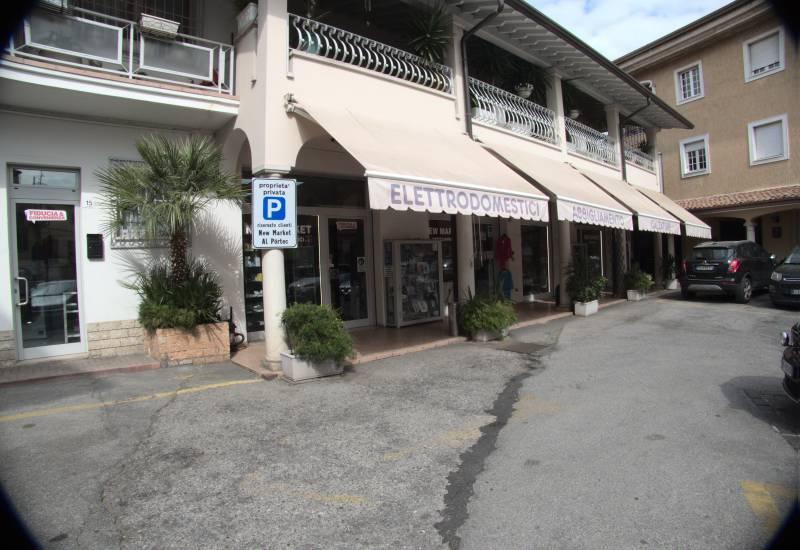 New Market Sas Di Albieri Amilcare E C