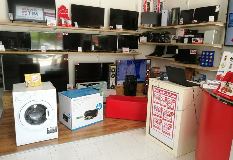 Immagine Media Mega Store Di R. De Paola 3